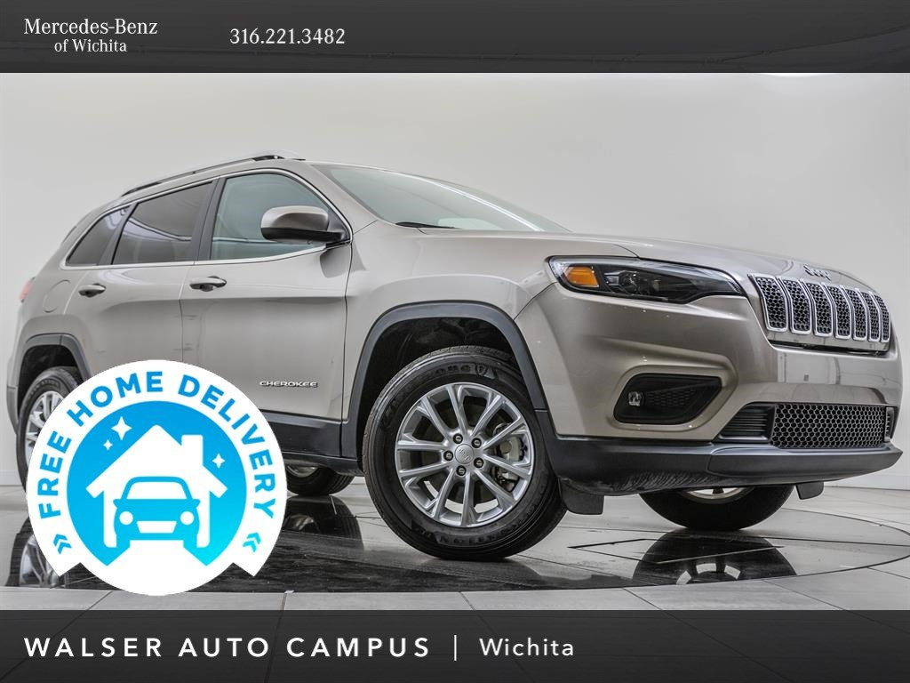 Pre-Owned 2019 Jeep Cherokee Latitude, Popular Appearance Group