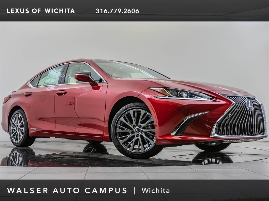 New 2019 Lexus ES 300h FWD 4dr Car