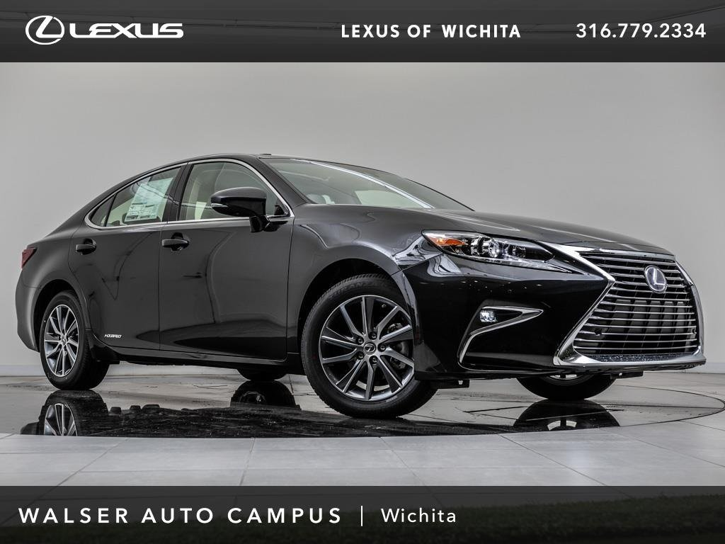New 2018 Lexus ES 300h With Navigation