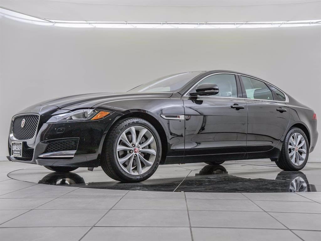 Pre-Owned 2017 Jaguar XF Cold Climate Package