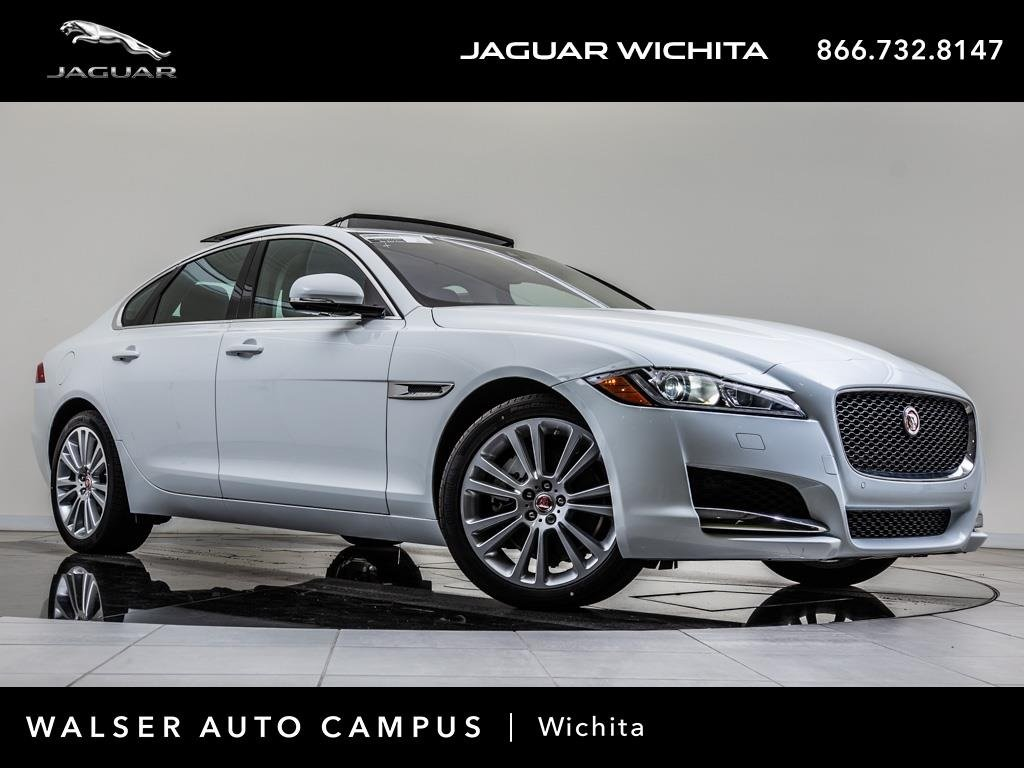 New 2018 Jaguar XF 25t Prestige With Navigation & AWD