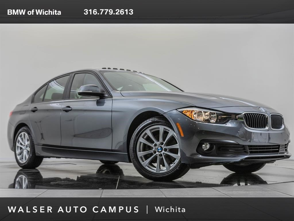 Pre-Owned 2017 BMW 3 Series 320i xDrive, Navigation