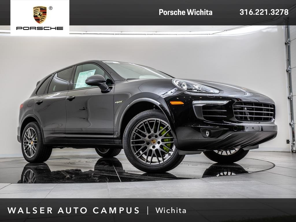 New 2018 Porsche Cayenne S Platinum Edition E-Hybrid With Navigation & AWD