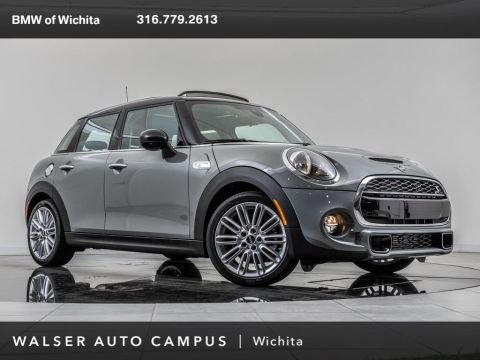 Pre-Owned 2019 MINI Hardtop 4 Door Cooper S, Signature Trim Package